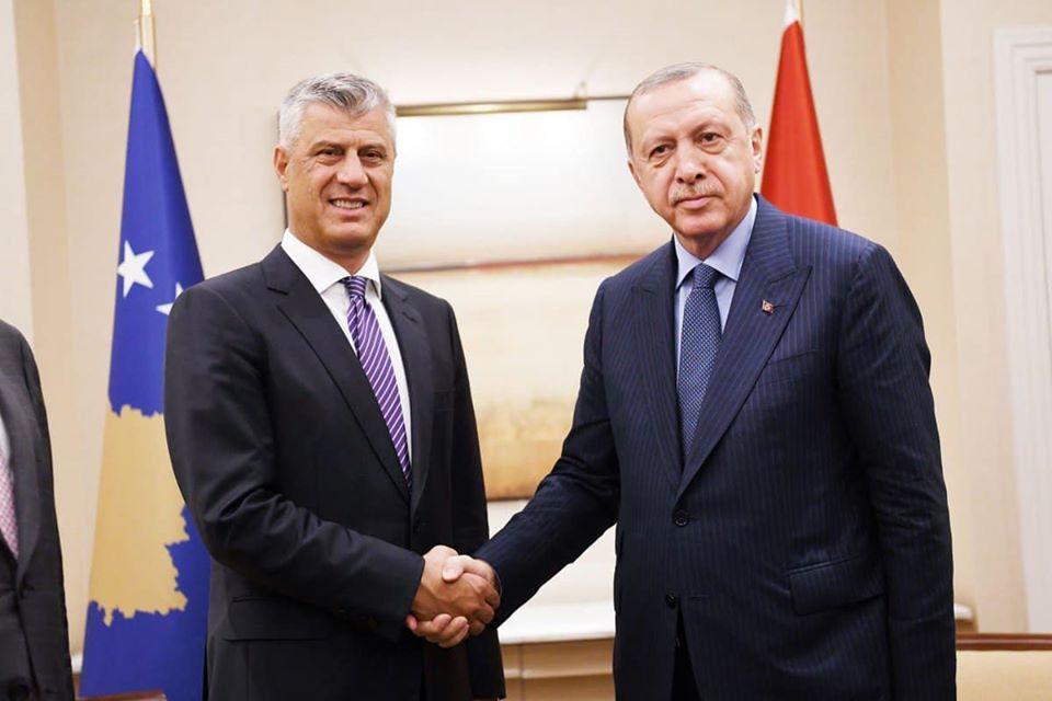 Thaçi falënderon Erdoganin për ndihmat mjekësore nga Turqia