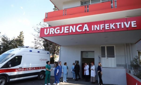Rekord viktimash dhe rastesh nga covid 19  Ministria e Shëndetësisë  4 viktima në 24 orët e fundit dhe 93 raste
